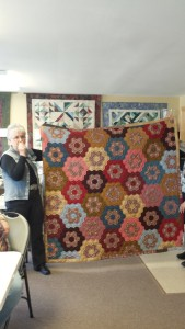 Eleanor's beautiful intricate hexi quilt!